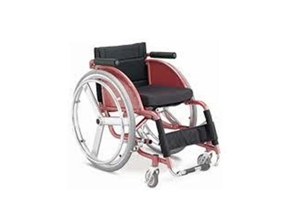 Leisure & Sport Wheelchair FS 721 L